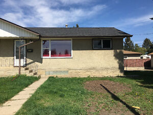 Half Duplex Available for Rent