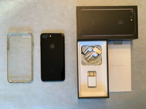 iPhone 7 Plus 128 GB Jet Black, Like New, with protective case