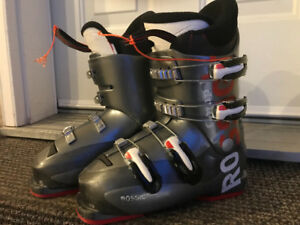 Youth Downhill Ski Boots FOR SALE