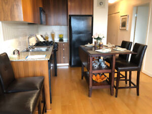 Island/Counter height Dining Table and 4 chairs