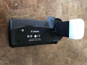 Grip de batterie Canon BG-E9 pour Canon 60D + batterie originale