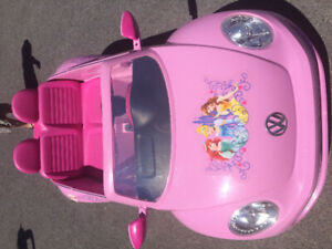 VW Beetle Convertible Princess Ride