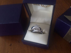 18kt White Gold Ring Set 4 Princess Cut Kawartha Lakes Peterborough Area image 4