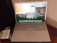 "Macbook pro core 2 due 2.6gz 4gb. 500gb HDD with 17"" Screen"