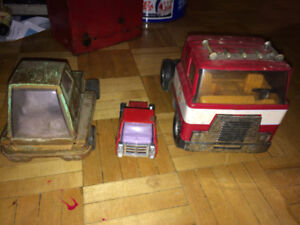 Vintage tin toys, wind up and die cast toys for sale