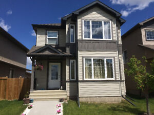 New Single House (3-Bd, 2-Car-Garge) for Rent in Windermere