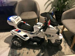 12V Electric Ride-on Police Motorbike