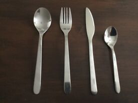 32 piece cutlery set