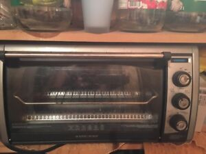 Black and Decker countertop oven
