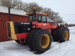 Versatile 895 Four Wheel Drive Rainbow Addition 20.8x38 duals