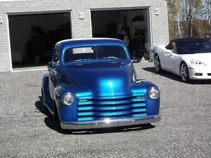 Hot rod chevy pick-up 1947
