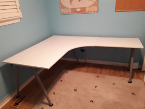 White Ikea Corner Desk