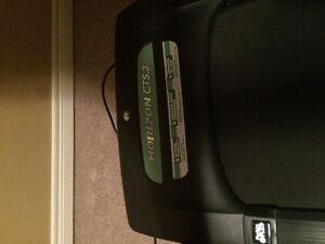 CT5.3 treadmill for sale London Ontario image 2