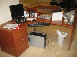Desk L-Shaped