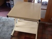 Computer trolley desk On wheels 3 shelves Wood shelves and metal frame Good condition