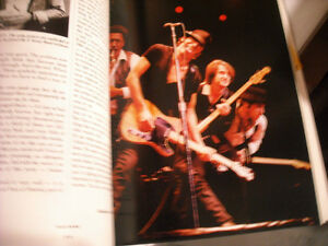 Backstreets - Springsteen The Man & His Music Hard Cover Book. Peterborough Peterborough Area image 5