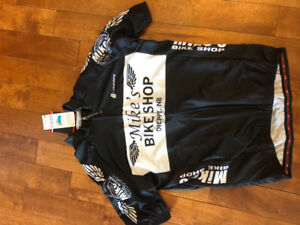 BRAND NEW CYCLING JERSEY-SIZE L
