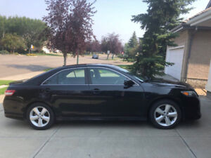 Camry 2011 SE, perforated Leather Seat, Moon Roof, 4 winter tire