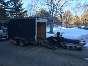 Enclosed cargo utility trailer