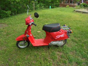 """REDUCED PRICE""  1987 Honda ""Spree"" scooter"