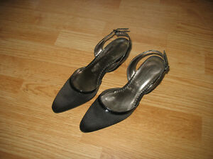 LADIES SHOES SIZES 7 1/2 AND 8