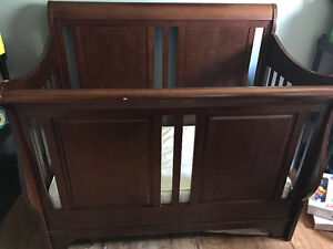 Cherry wood 4 in 1 Convertible crib and change table