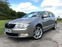 Skoda Superb 2.0TDI CR Elegance Estate Silver/Beige Diesel Manual