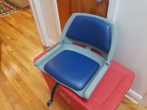 Cabela's Moulded Fold-Down Boat Seats - 2 x $25