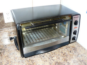 Bravetti Large Capacity Toaster Oven - with original box