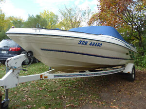 Sea Ray Bowrider and accessories