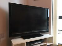 "Sony Bravia 40"" Full HD 1080p TV"