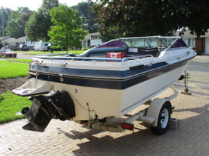 20 ft inboard/outboard Doral for sale or trade