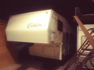 2003 27 foot 5th Wheel Trailer for Sale