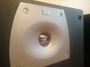 JBL Speakers (Northridge Series N28 II) with Stands Cornwall Ontario image 4