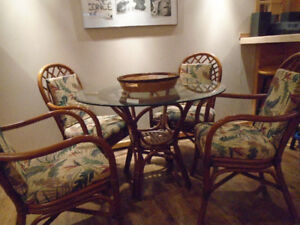 Boca Ratan Round Table & Four Chairs