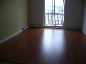 2 Bedroom - Lwr Sackville - Cobequid Rd. - July1 - Heat/Hw/Pking