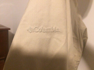 Columbia women's jacket, size large - barely worn - PPU