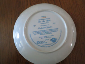Sandra Kuck collectable plate - Tea for three West Island Greater Montréal image 2