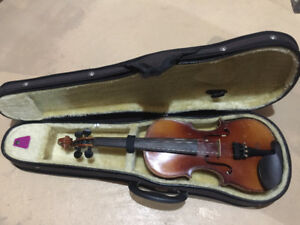 half size violin, loud and beautiful sound