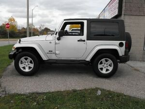 2009 JEEP WRANGLER X  LOADED  6 SPEED  SAFETIED  NO ACCIDENTS