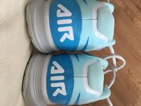 Ladies size 7 Nike Tennis Shoes