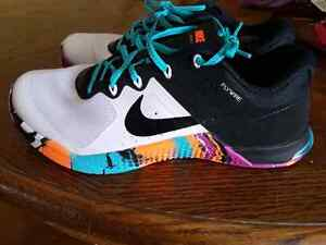 Women's Nike Flywire shoes