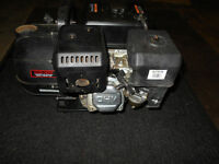 RED LION WATER TRANSFER PUMP (LIKE NEW)