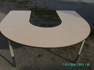 "60"" X 66"" HORSESHOE SHAPED TABLE Kawartha Lakes Peterborough Area image 1"