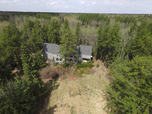 Privacy at it's best in Narao Pines Rural Parkland County