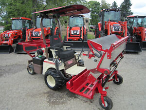 Blueberry Harvester With GrassHopper Tractor (NEW)