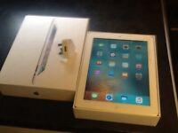 iPad 3 in box