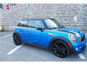 2011 MINI Mini Cooper S Sport Coupe (2 door)