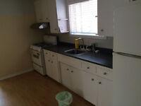 kennedy/danforth area Main Floor-3 Bedrooms