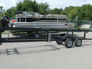 PONTOON SISSOR LFT TRAILERS   FOR RENT  !!!$$$